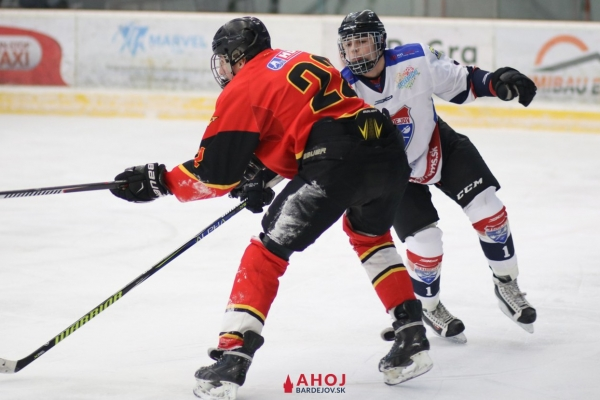 hokej-juniori-bj-ruzinov-8-jpgA9F1ED54-5FF9-09B1-B783-58205665EC4F.jpg